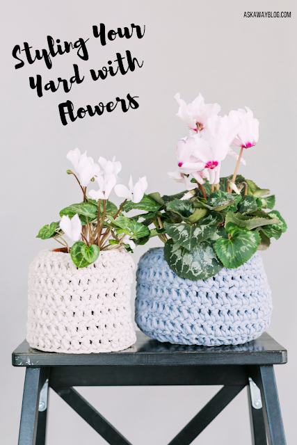 Styling Your Yard with Flowers
