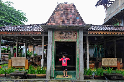 Nostalgia Suasana Desa Saat Menginap di Hotel Kampung Lawasan Heritage Cottage