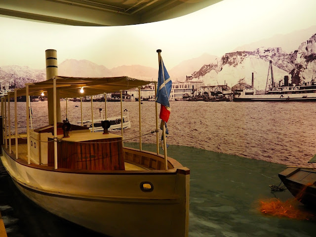 Boat replica in the Opium Wars exhibit of the Hong Kong Museum of History