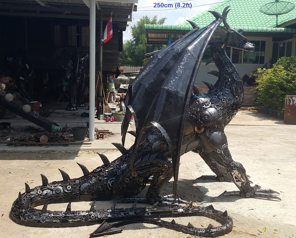 15-Dragon-Side-Namfon-Suktawee-Animals-Art-made-by-Upcycling-Scrap-Metal-in-Thailand-www-designstack-co