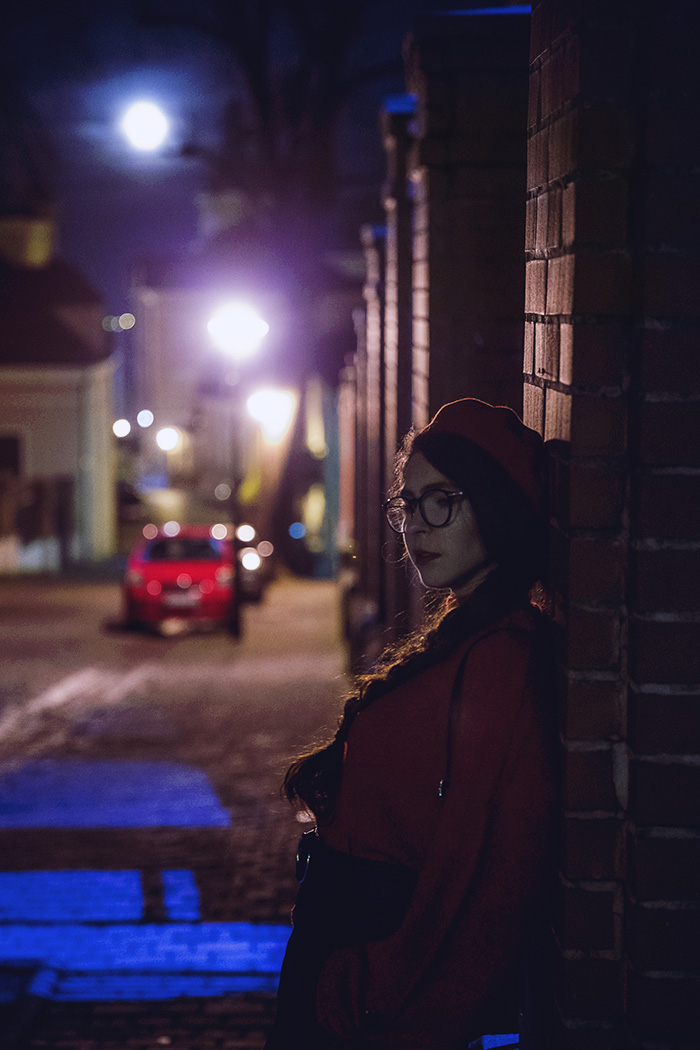 beret, czerwień, red, skirt,  stardivarius, night, Przemyśl, glasses, ocular canada, bershka beret, nightcity, red sweater bershka, french beret