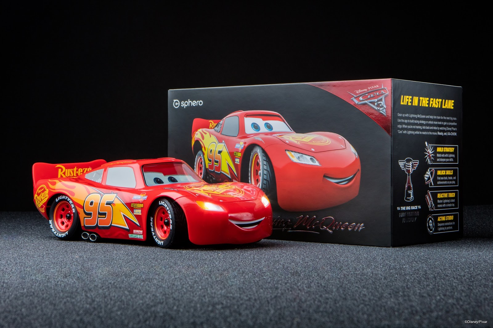 Cars  Remote Control Ultimate Lightning Mcqueen