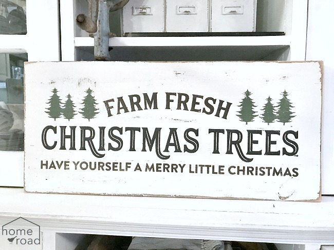 Rustic Christmas tree sign using reclaimed wood