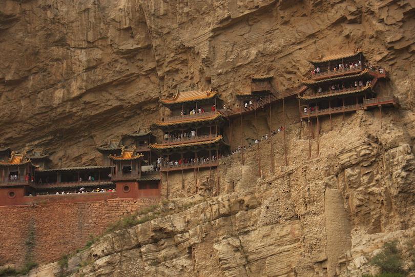 اديرة بوذية مثيرة حول العالم