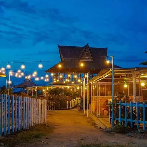 Destinasi Wisata: Madu Efi, Kebun Wisata Di Kabanjahe Yang Lagi Hits