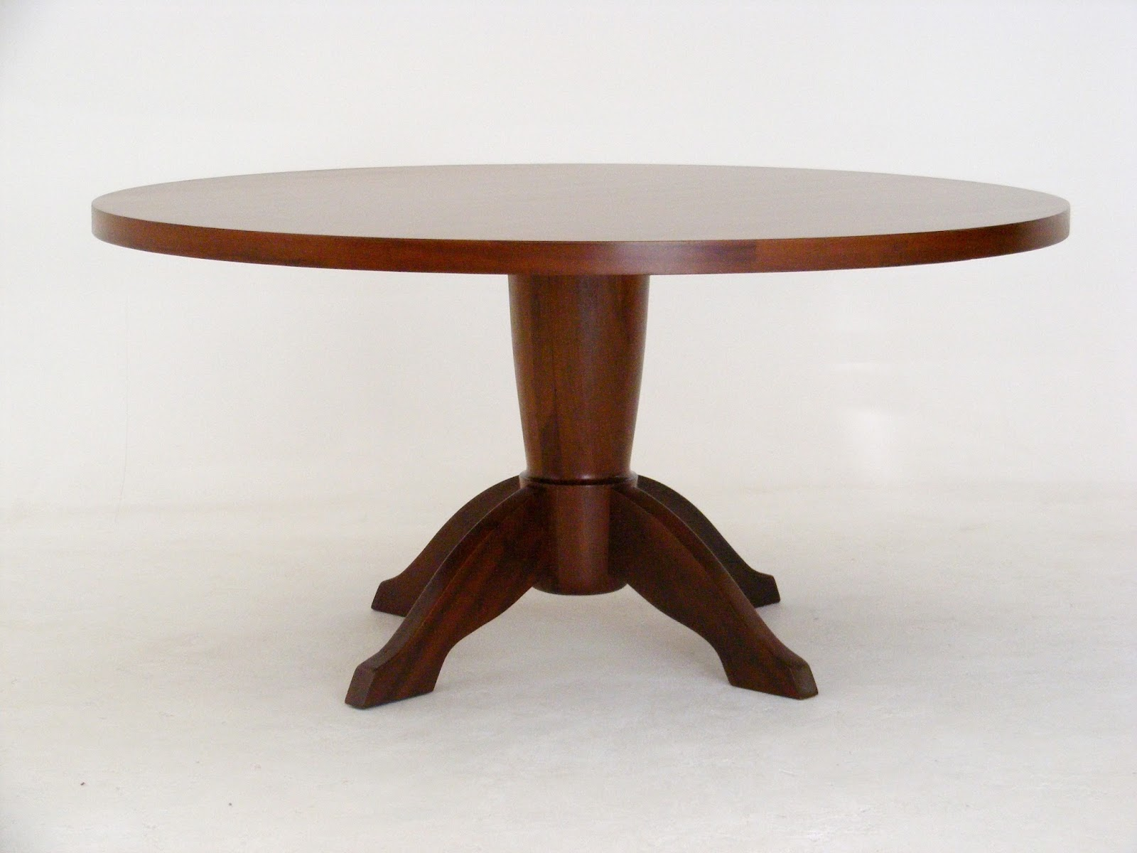 A Classic Round Imbuia Dining Table By EE Meyer Cabinet Makers South Africa Late 60s Early 70s Diameter 152cm