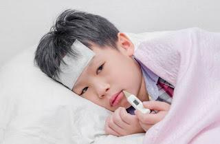 5 Cara Menurunkan Panas Pada Anak Demam