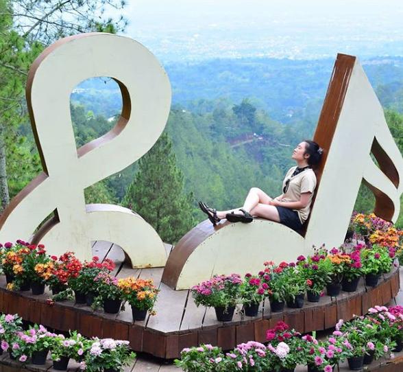 Tempat wisata instagramable di malang Batu Flower Garden