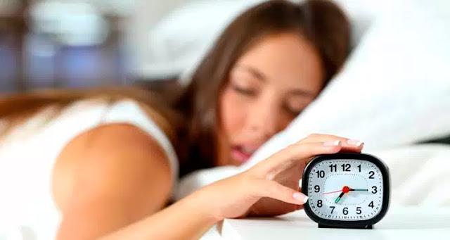 """""""Há um monte de mitologia sobre como ter uma boa noite de sono"""" – Reprodução"""