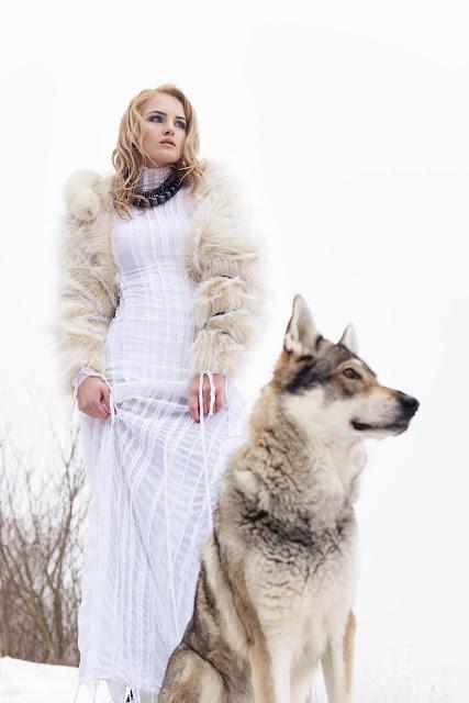 Moda.cz cover & wolfs