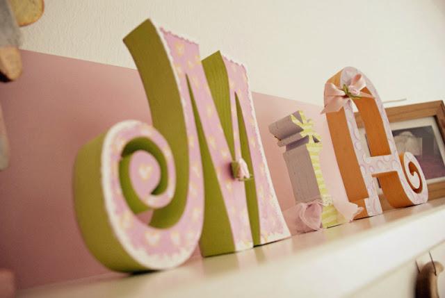 schwangerschaft baby erinnerungen schaffen und schenken wie k nnen denn holzbuchstaben das. Black Bedroom Furniture Sets. Home Design Ideas