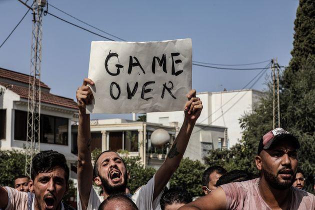Τυνησία: Το Ενάχντα, η Μουσουλμανική Αδελφότητα και η Τουρκία