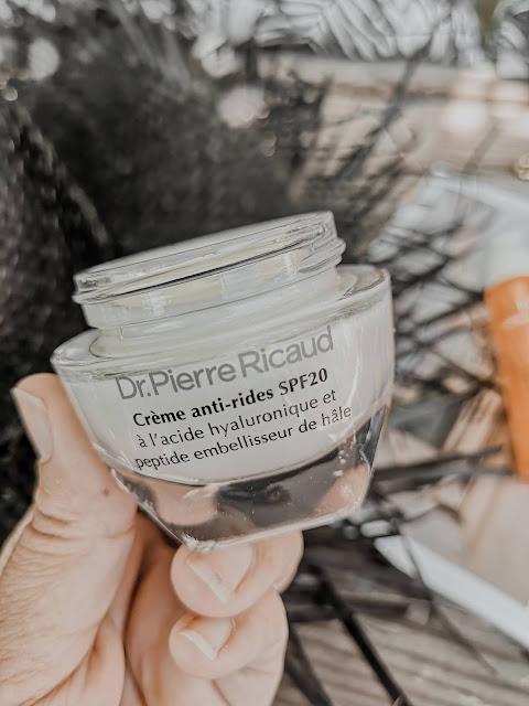 avis-creme-anti-rides-acide-hyaluronique-peptide-embellisseur-dr-pierre-ricaud-mama-syca