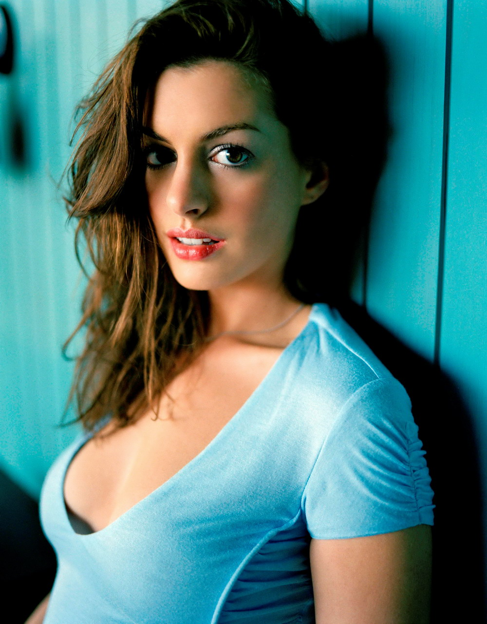 This anne hathaway hot