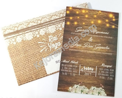 undangan pernikahan softcover unik