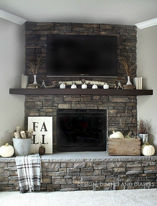 How to decorate a rustic pacific northwest farmhouse mantle for fall