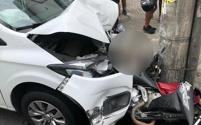 Após ser roubado, homem persegue e atropela dois suspeitos em Salvador.