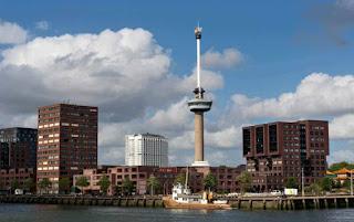 Euromast el hotel restaurante más alto de Rotterdam y de Holanda
