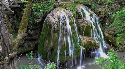 Cascada Bigar in top 10 cascade din lume