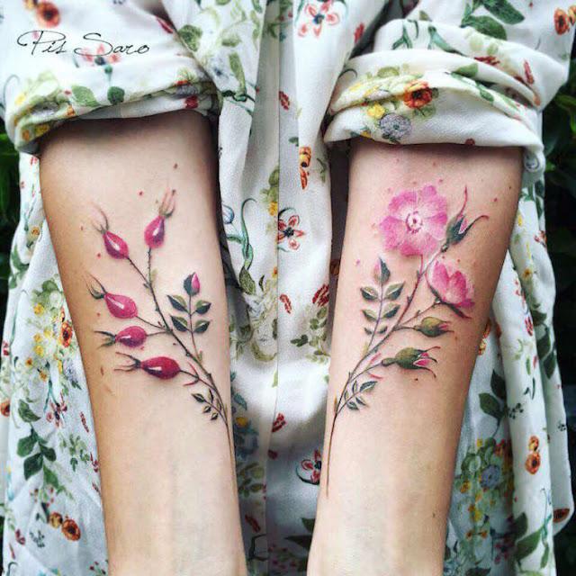 As belas tatuagens florais de Pis Saro
