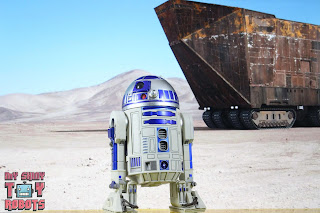 S.H. Figuarts R2-D2 19
