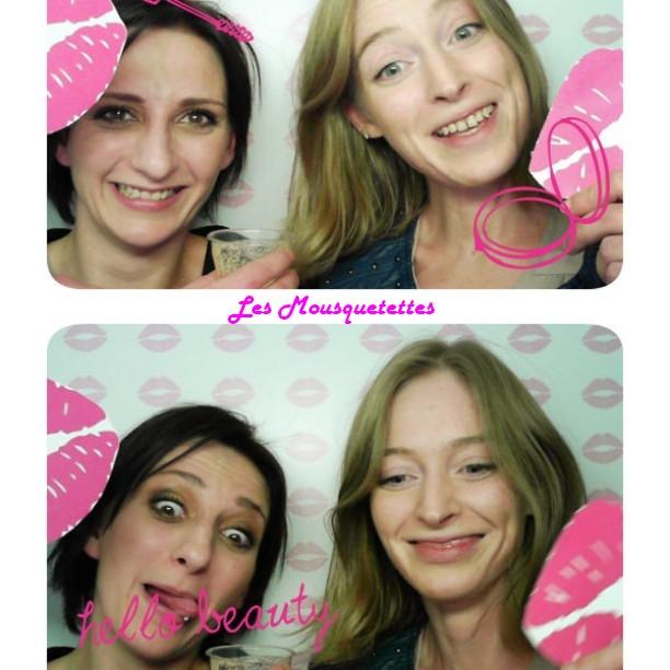 Les Mousquetettes tout sourire - Photomaton Showroomprivée.com
