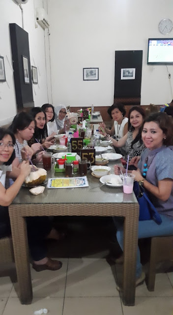 Wisata Kuliner Empal Gentong