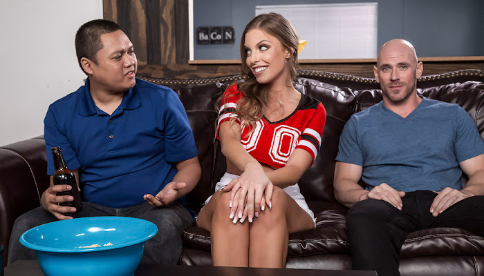 Brazzers / Real Wife Stories - Britney Amber Game Day Dicking
