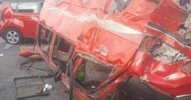 بالأسماء.. إصابة 13 عاملًا في حادث انقلاب سيارة بالبحيرة