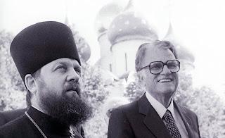зачем партия и спецслужбы привозили проповедника Билли Грэма в СССР