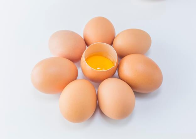 inilah-mengapa-kuning-telur-memiliki-tali-putih-yang-melekat