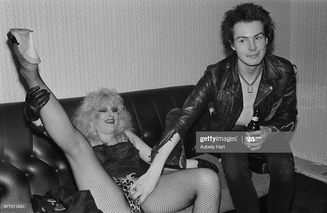 Sid Vicious loved Nancy to death. PunkMetalRap.com