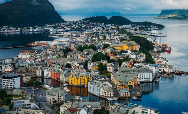 Destinasi Wisata Alesund Norwegia