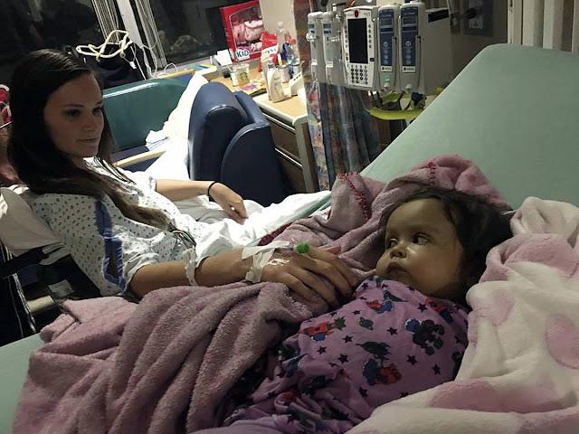Одни издеваются, а другие жертвуют собой: няня 9-месячной малышки не позволила девочке умереть и добровольно легла на операционный стол.