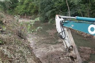 Ολοκληρώθηκαν οι Εργασίες Καθαρισμού του Ρέματος στην Ευρύτερη Περιοχή του  Δ.Δ. Οινόης  και Τ.Κ. Λεύκης από την Π.Ε. Καστοριάς