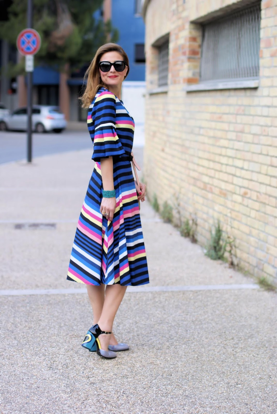 Striped midi dress and Giovanni Fabiani Mary Jane con tacco on Fashion and Cookies fashion blog, fashion blogger style
