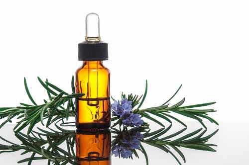 Tinh dầu hoa oải hương làm dầu gội