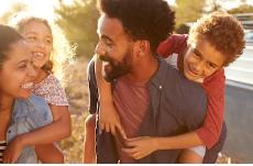 8 Sisi Positif  dari Penerapan Social Distancing