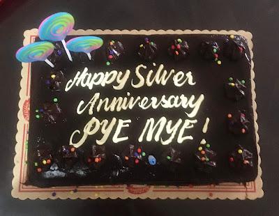 """""""Anniversary Cake"""""""