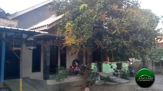 Rumah dalam Perkampungan dekat Bandara