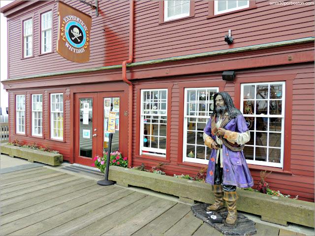 Museo de Piratas en MacMillan Wharf de Provincetown