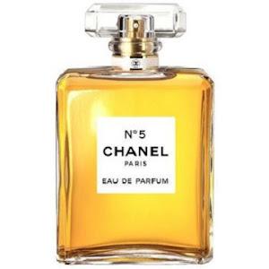 Inilah Tiga Parfum Perempuan Terbaik 2019 Khusus Untuk Anda - Motor ... 1e38606528
