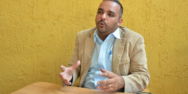 """""""Quien debe regir el censo es el INE"""": Teixeira llama a los venezolanos no abrirle la puerta a los milicianos"""