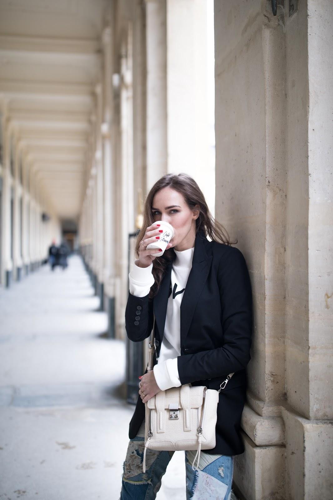 kristjaana mere blazer sweater paris street style