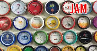 Jam merupakan salah satu rekomendasi souvenir menarik untuk media promosi