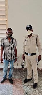 शातिर मोबाईल चोर चाकू सहित पकडा गया, 1 चाकू, 9 एनराॅईड मोबाईल कीमती 86 हजार रूपये के जप्त
