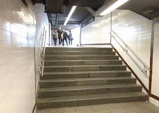 Las escaleras en realidad son un puente