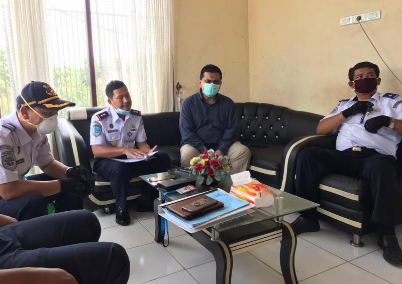 KSOP Kelas II Tanjung Buton  Lakukan Sosialisasi Bahwa Kapal Dilarang Layani Penumpang Mudik