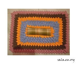 Making Unique Handicraft Doormats From Patchwork Leftover Material