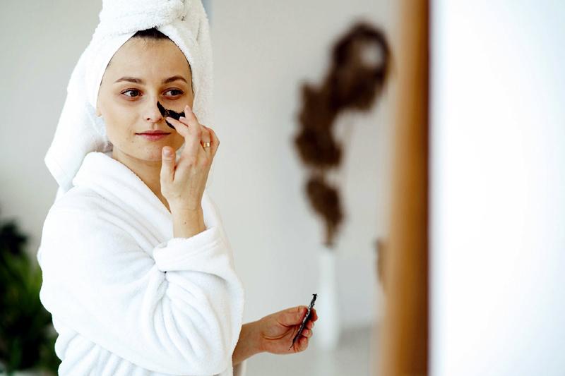 8 Home Remedies to Make Blackheads Vanish